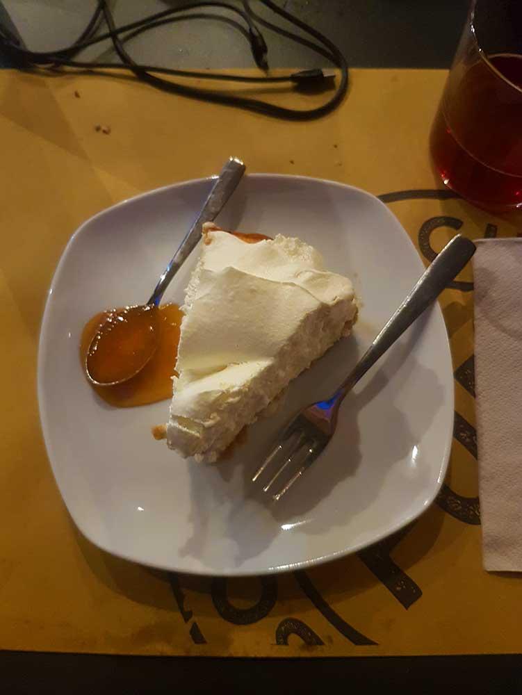 Fud Milan, cheesecake dessert